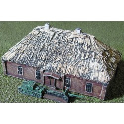 BA009 Russian thatched house large