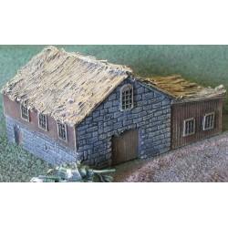 BA023 Thatched farmhouse